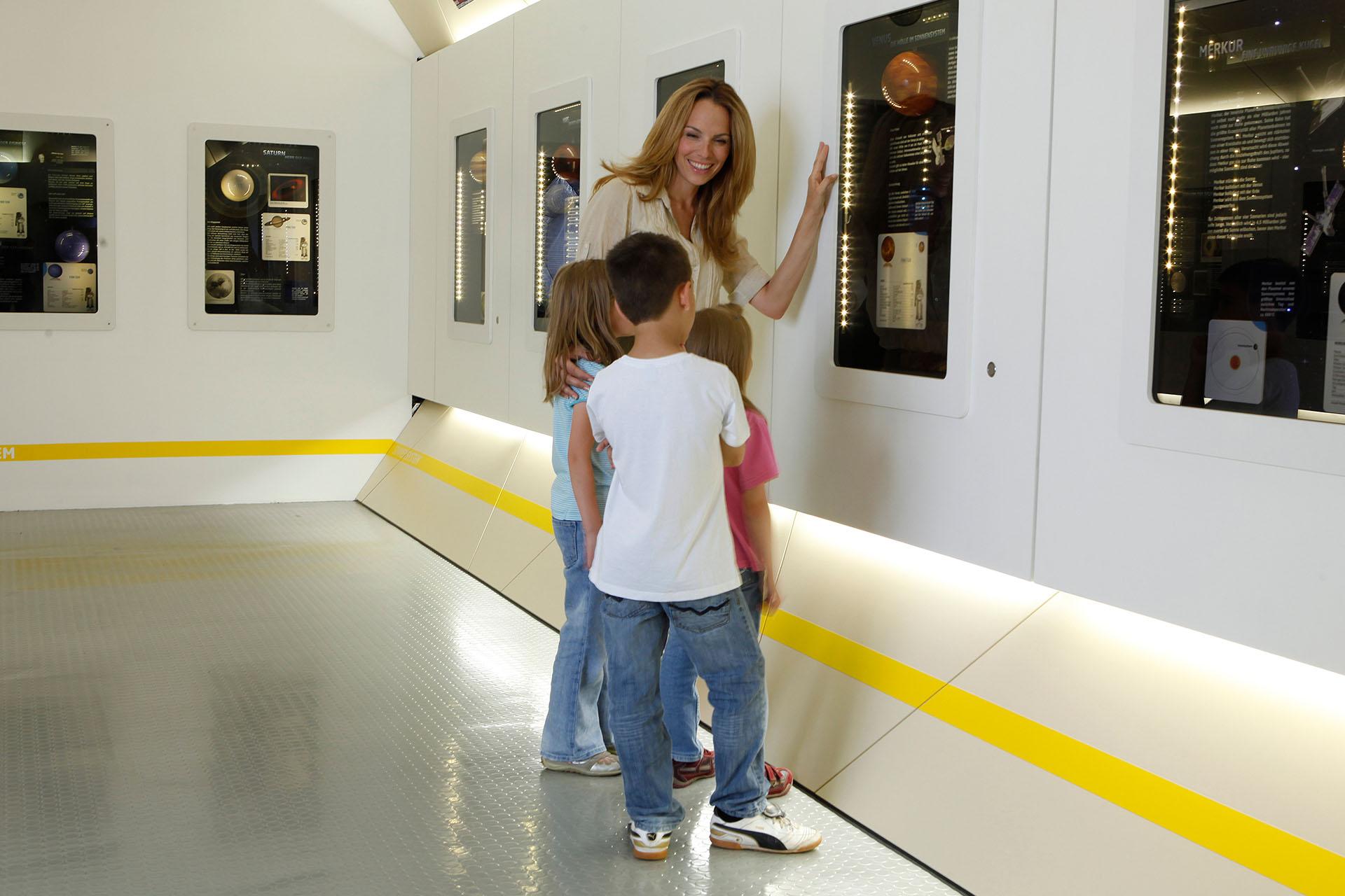 sensapolis-indoor-attraktionen-weltraumausstellung-freizeitpark-stuttgart-sindelfingen-2
